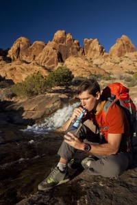 how does lifestraw work